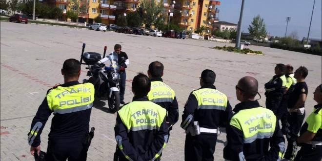 trafik-polisi-nasil-olunur
