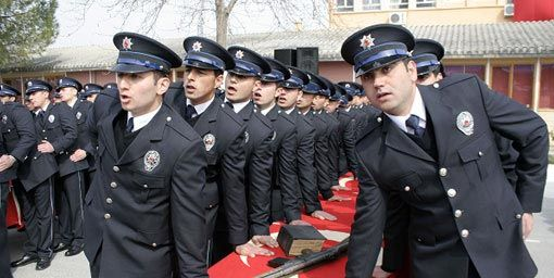 lise-mezunu-polis